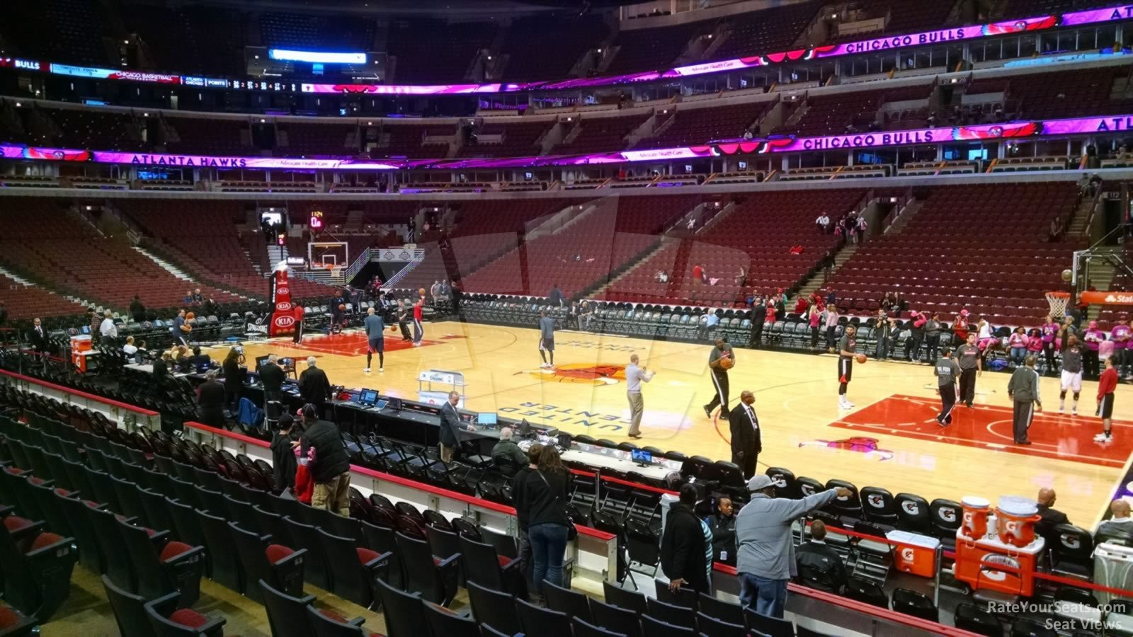 Exterior: United Center Section 121