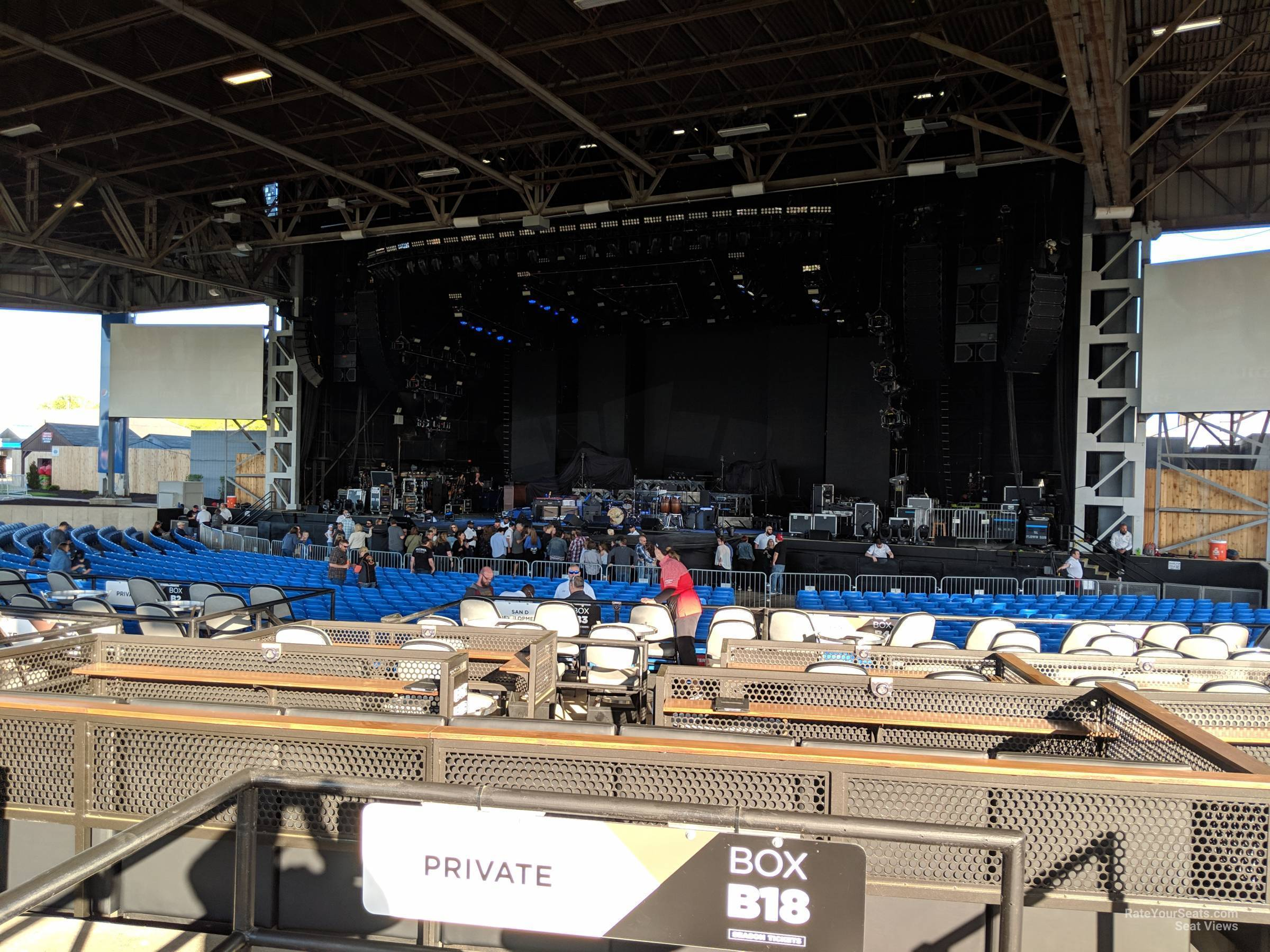 Hollywood Casino Amphitheatre Maryland Heights Mo Vip