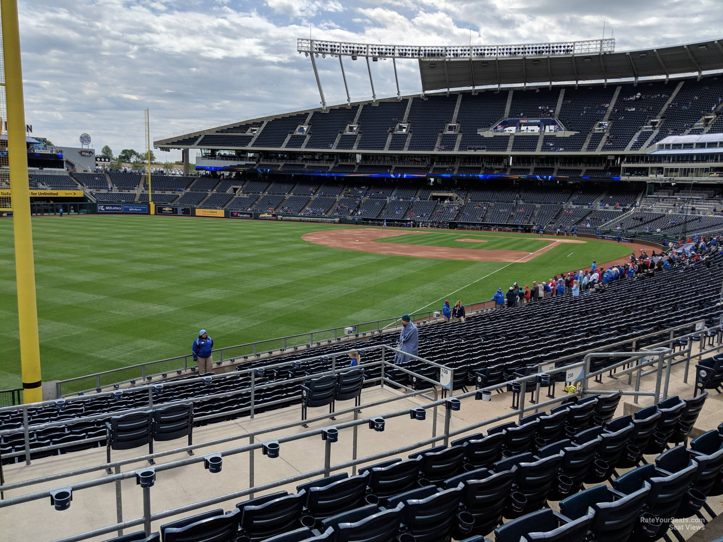 Seat View for Kauffman Stadium Section 208, Row FF