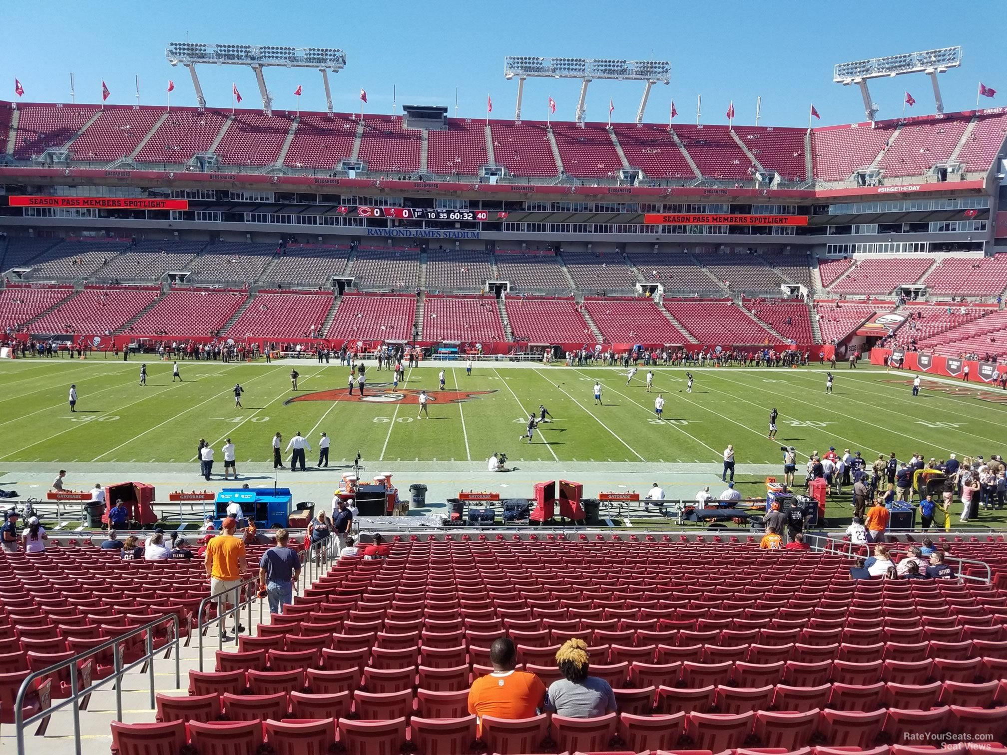 Section 136 At Raymond James Stadium Tampa Bay Buccaneers Rateyourseats Com