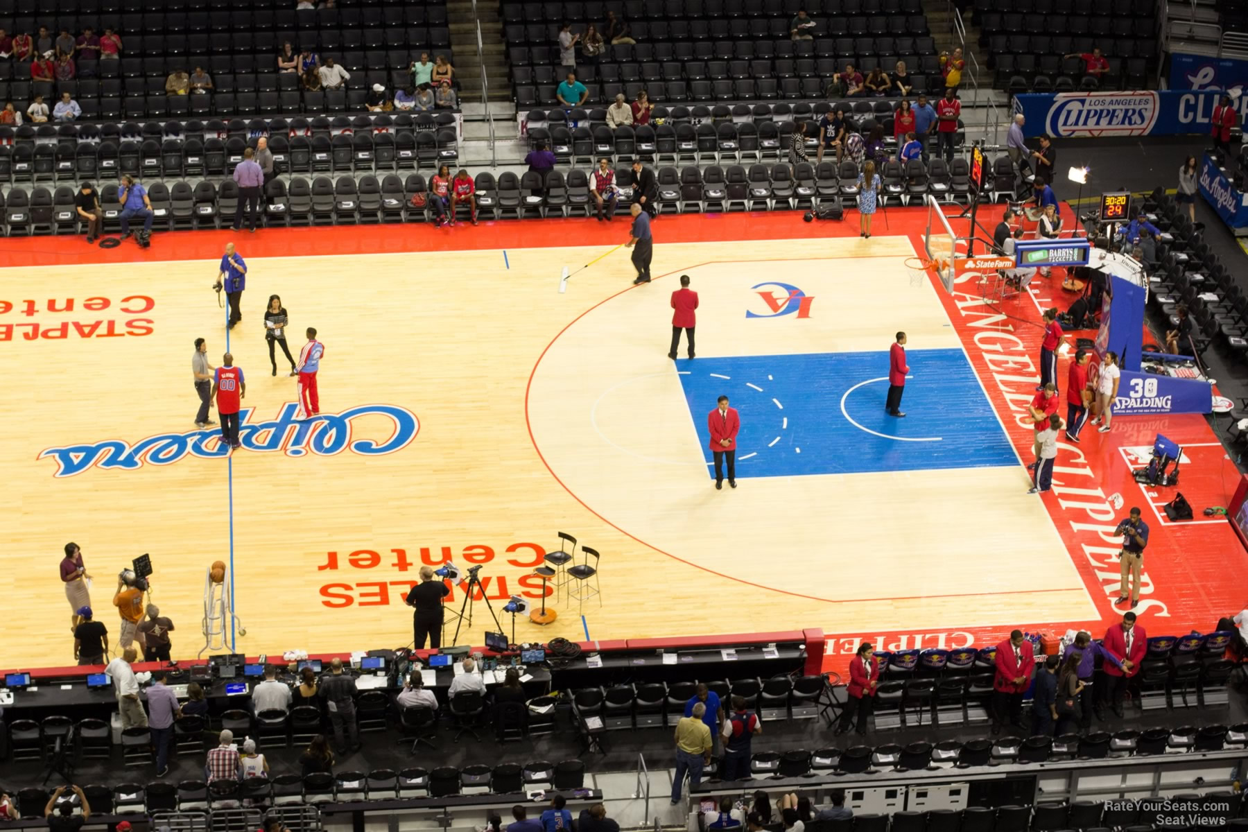 Staples Center Section 301 - Clippers/Lakers ...
