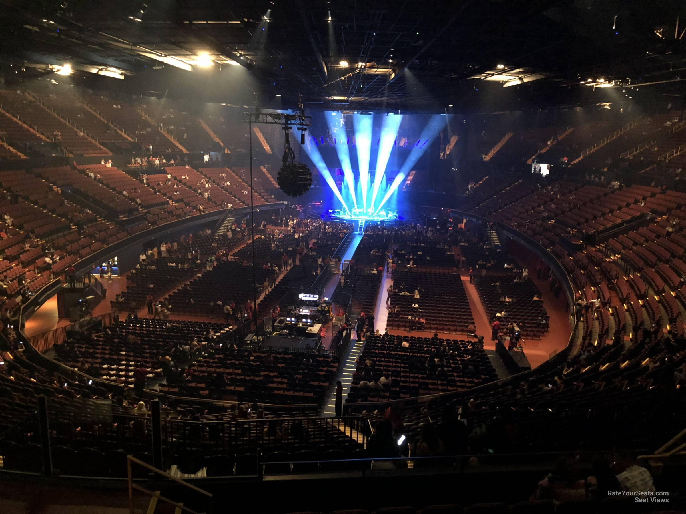 Section 201 At The Forum Rateyourseats Com