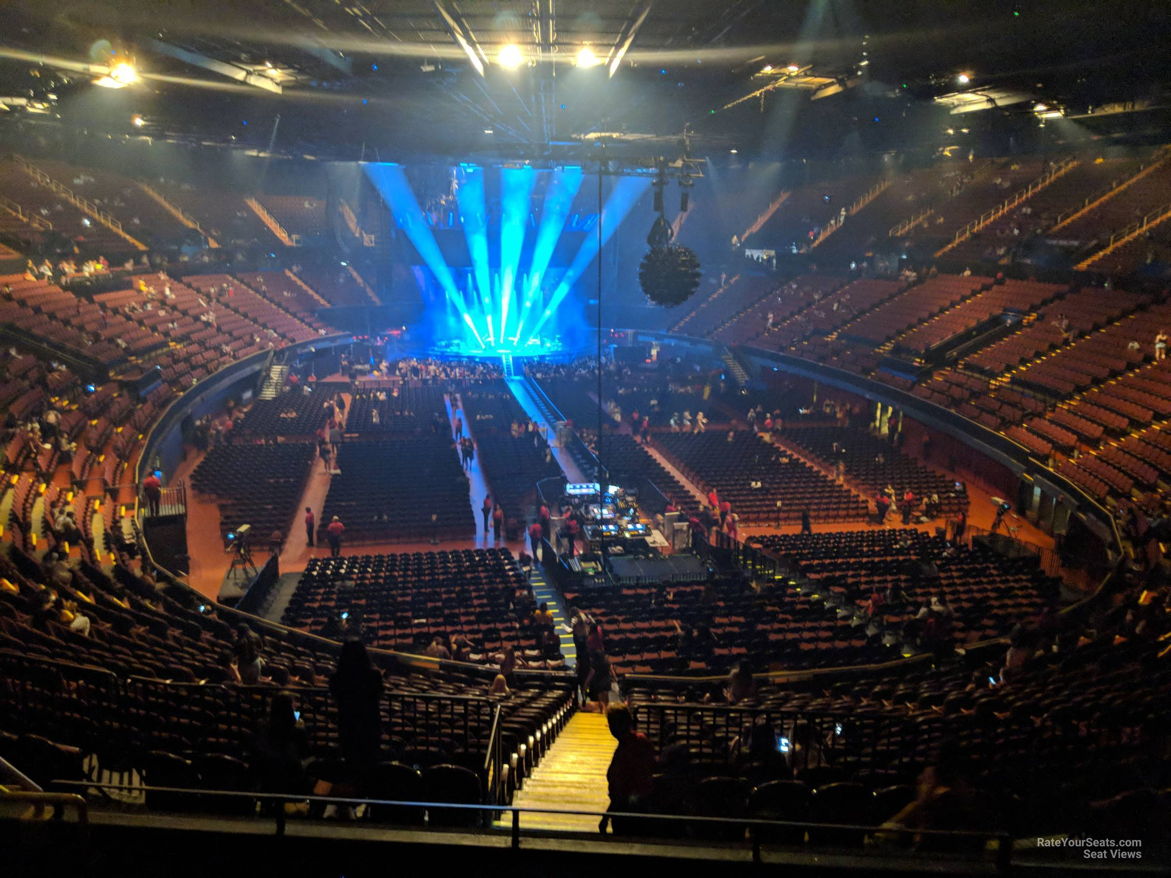 Section 235 At The Forum Rateyourseats Com