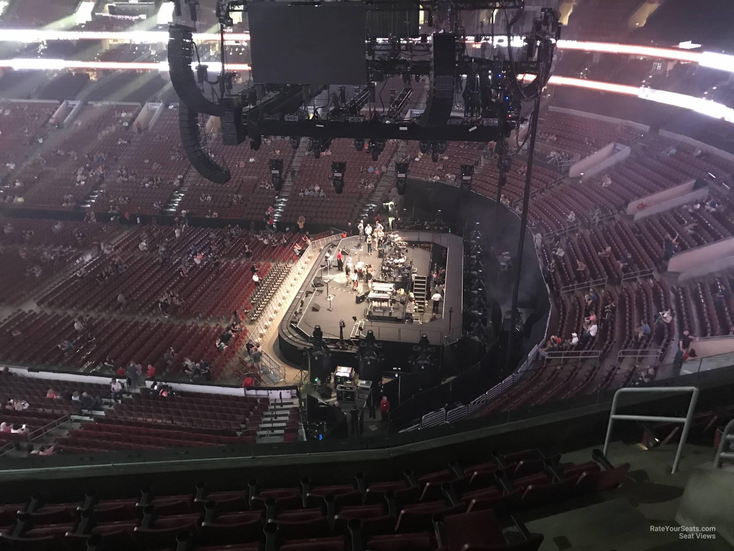 Wells Fargo Center Section 215 Concert