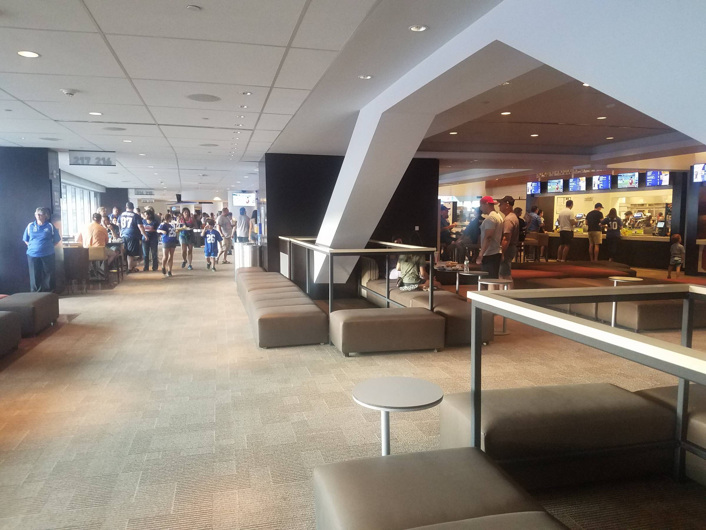 club level lounge