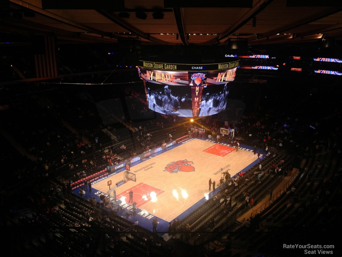 New York Knicks Seat View for Madison Square Garden Section 324