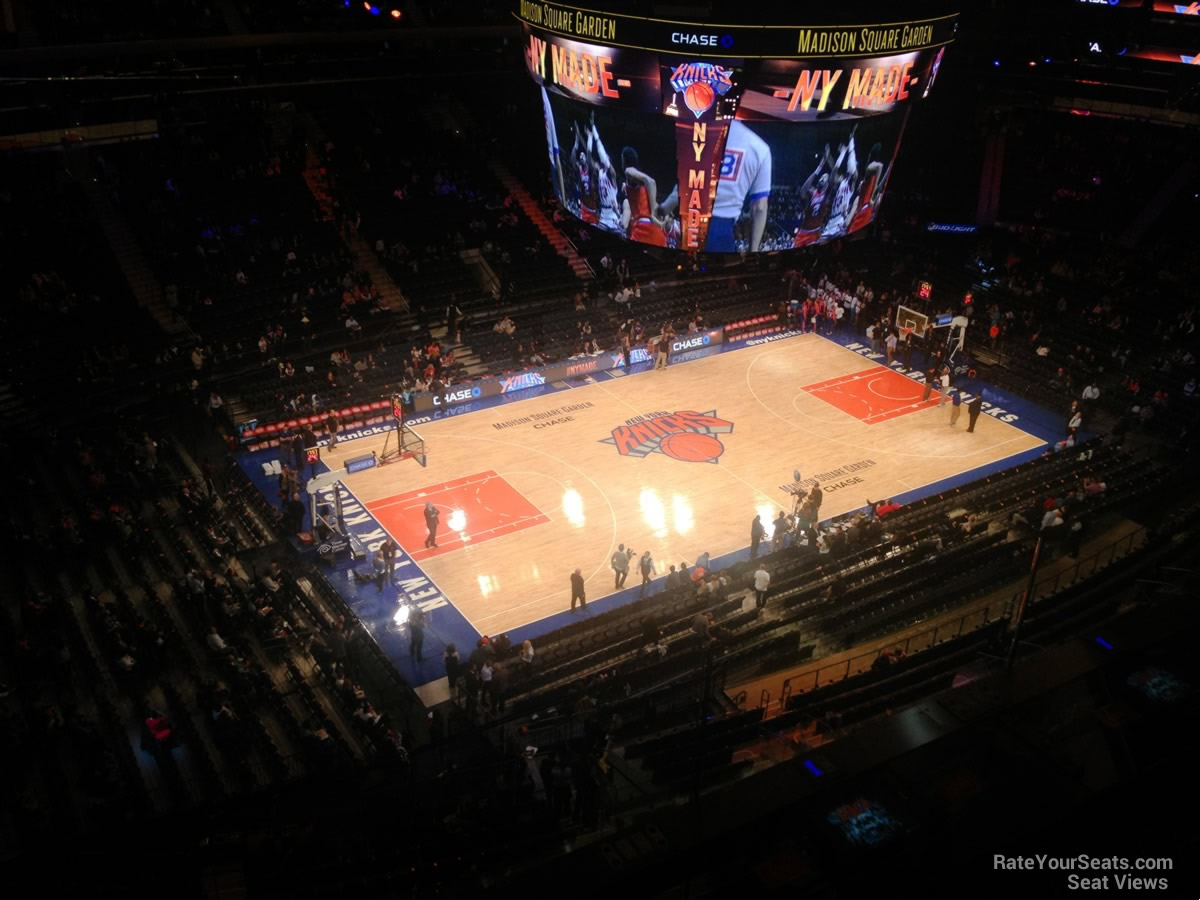 New York Knicks Seat View for Madison Square Garden Section 325