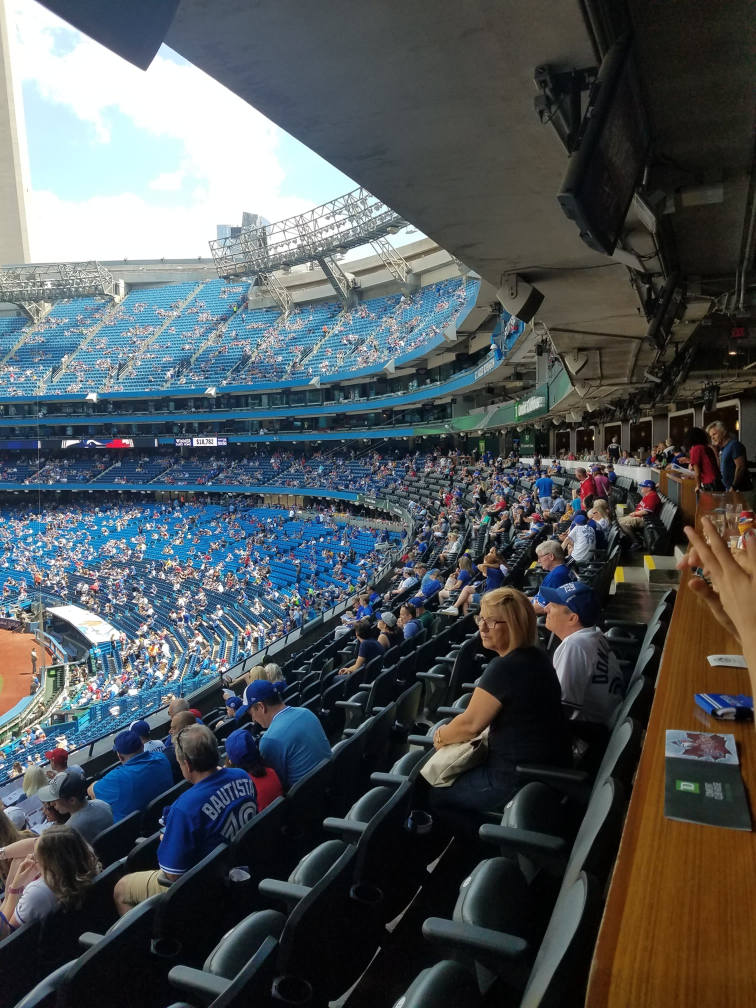 Toronto Blue Jays Clubhouse Seats At Rogers Centre Rateyourseatscom