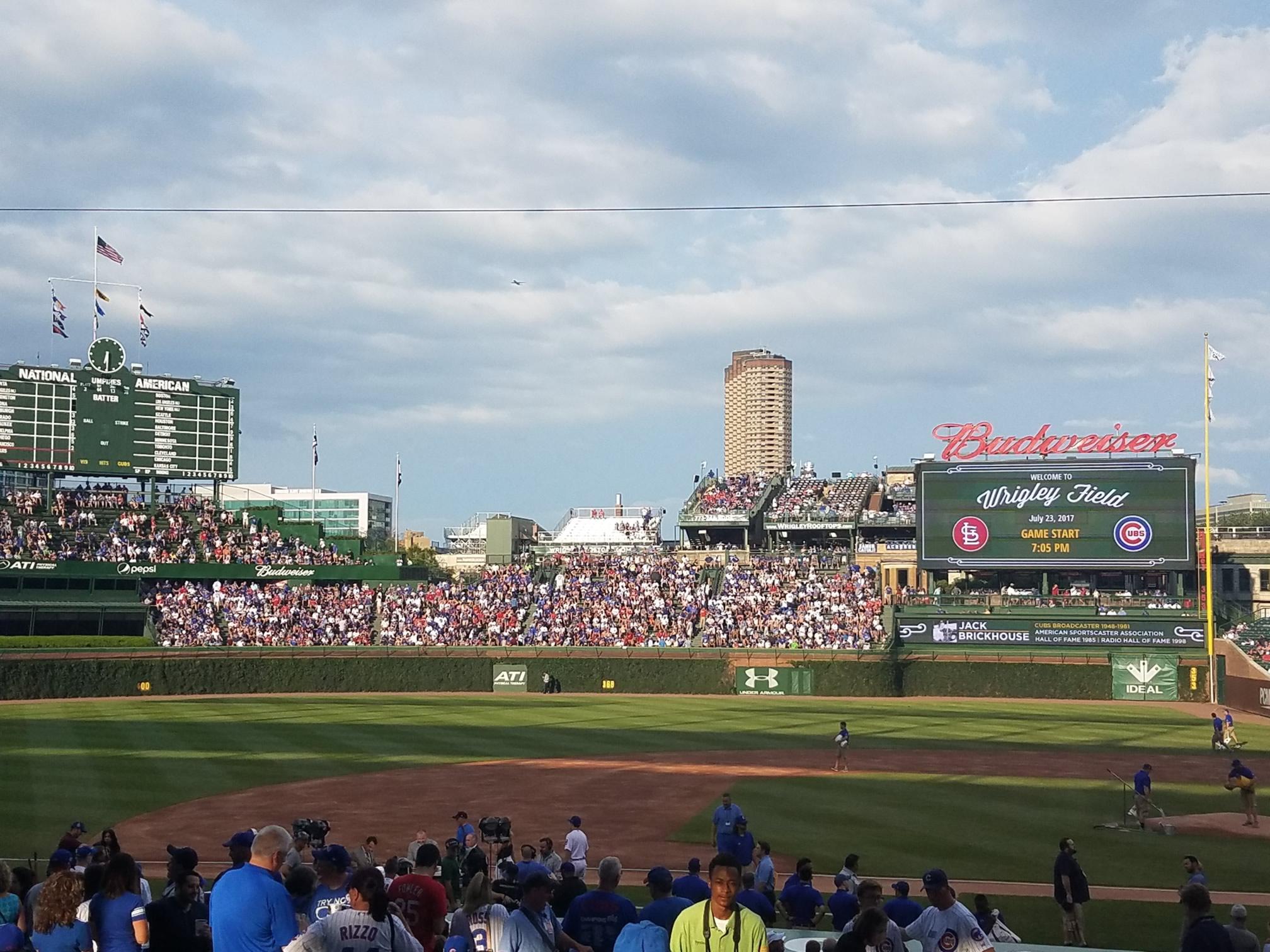 Wrigley Field Bleachers Baseball Seating Rateyourseatscom